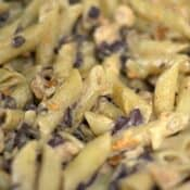 Garlic Penne with Chicken and Mushrooms