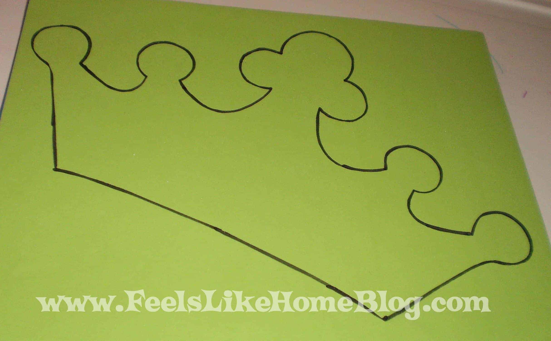 outline pattern foam crowns