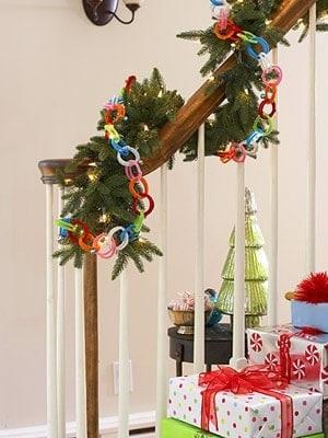 Puertas Decoradas De Navidad Con Emoticonos