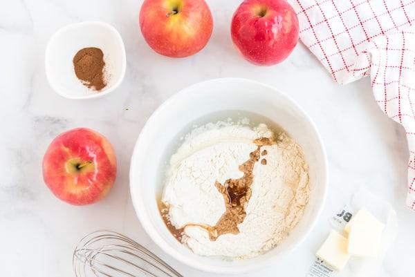 flour and cinnamon with apples