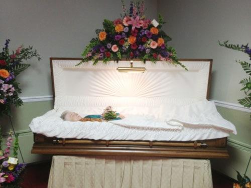 mum-casket