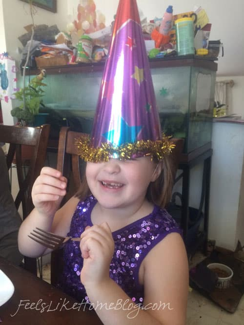 birthday-party-hat-grace