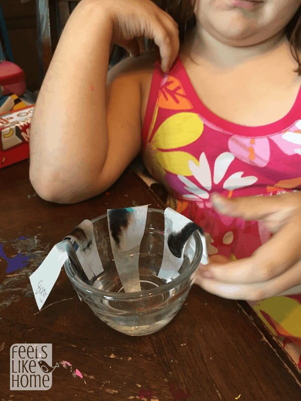 kids-science-experiment-chromatography-waiting