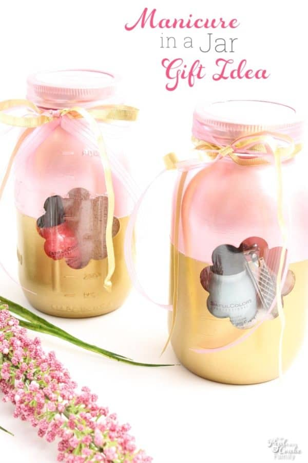 Crafty DIY sentimental and thoughtful Mother's Day gift ideas from daughter or adults or teens or tweens or kids for mom or grandma - Many unique and traditional ideas for homemade and handmade and often cheap, inexpensive, and frugal things to make. Includes jewelry and mason jar gifts. Cute, creative, simple, and easy. Many with pictures, photos, and flowers.