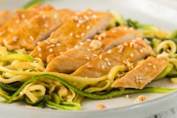peanut sesame chicken with zoodles