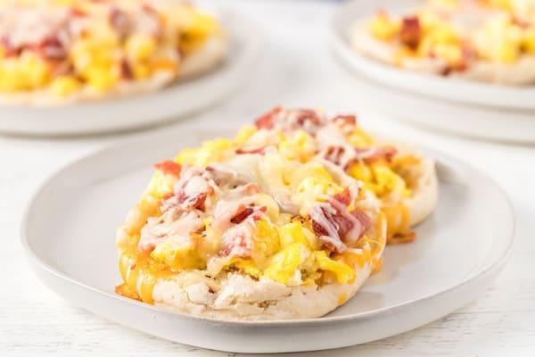 mini breakfast pizzas on a plate